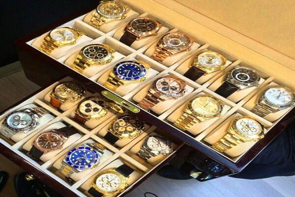 Наручные часы: сколько их должно быть у мужчины.