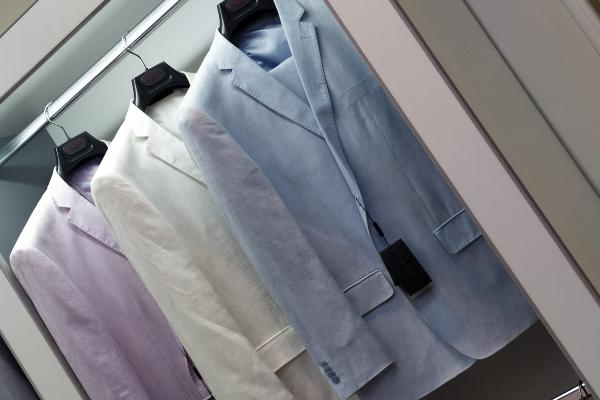 Льняной костюм: модели для деловых и романтичных